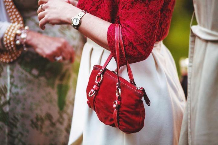 tips-to-pick-a-perfect-bag-for-different-occasions