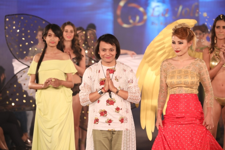 Miss Manipur 2016 Phapha Cara Ge Gachui as showstopper for Keith Jackson at IIFW (1)