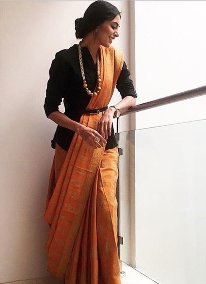 belt-on-saree